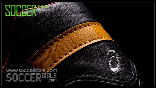 Asics Lethal Testimonial Indigenous - 限量款足球鞋