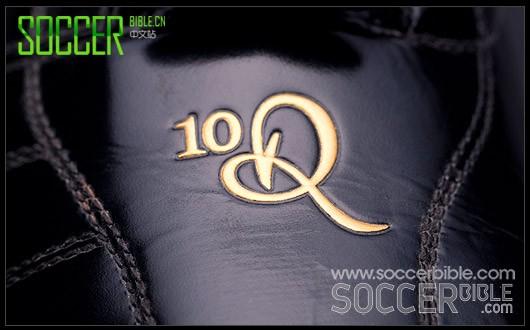 【经典陈列室】耐克 Tiempo Ronaldinho 10R