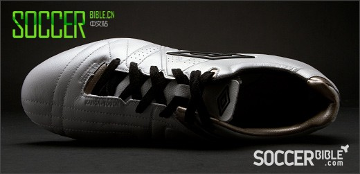 Umbro Speciali 3 Pro Football Boots - White/Black/Pewter