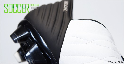 Under Armour Blur CBN III 皮质球鞋――白/黑