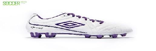 茵宝发布白/黑莓紫配色Speciali 4战靴