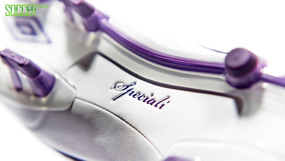 umbro-speciali-white-purple-img3