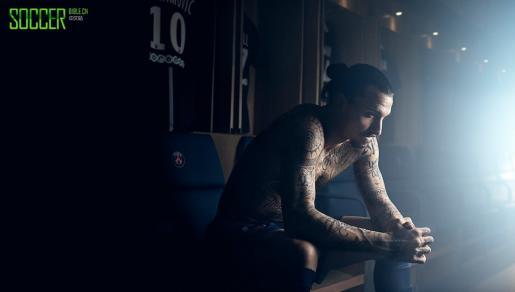伊布的纹身 | 8by8杂志采访alexis