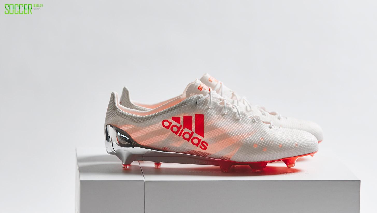 足球鞋 adidas > 阿迪达斯限量珍藏系列再添新丁 超轻99g足球鞋重装