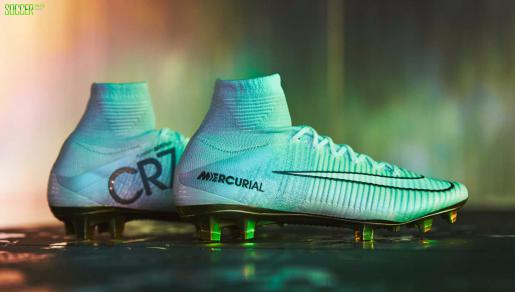 Closer Look at the Nike Mercurial Superfly <font color=red>CR7</font> Vitórias : Football Boots : Soccer Bible