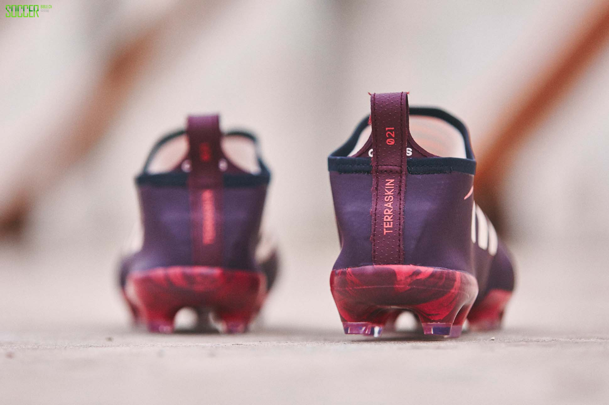 glitch-skin-purple-1