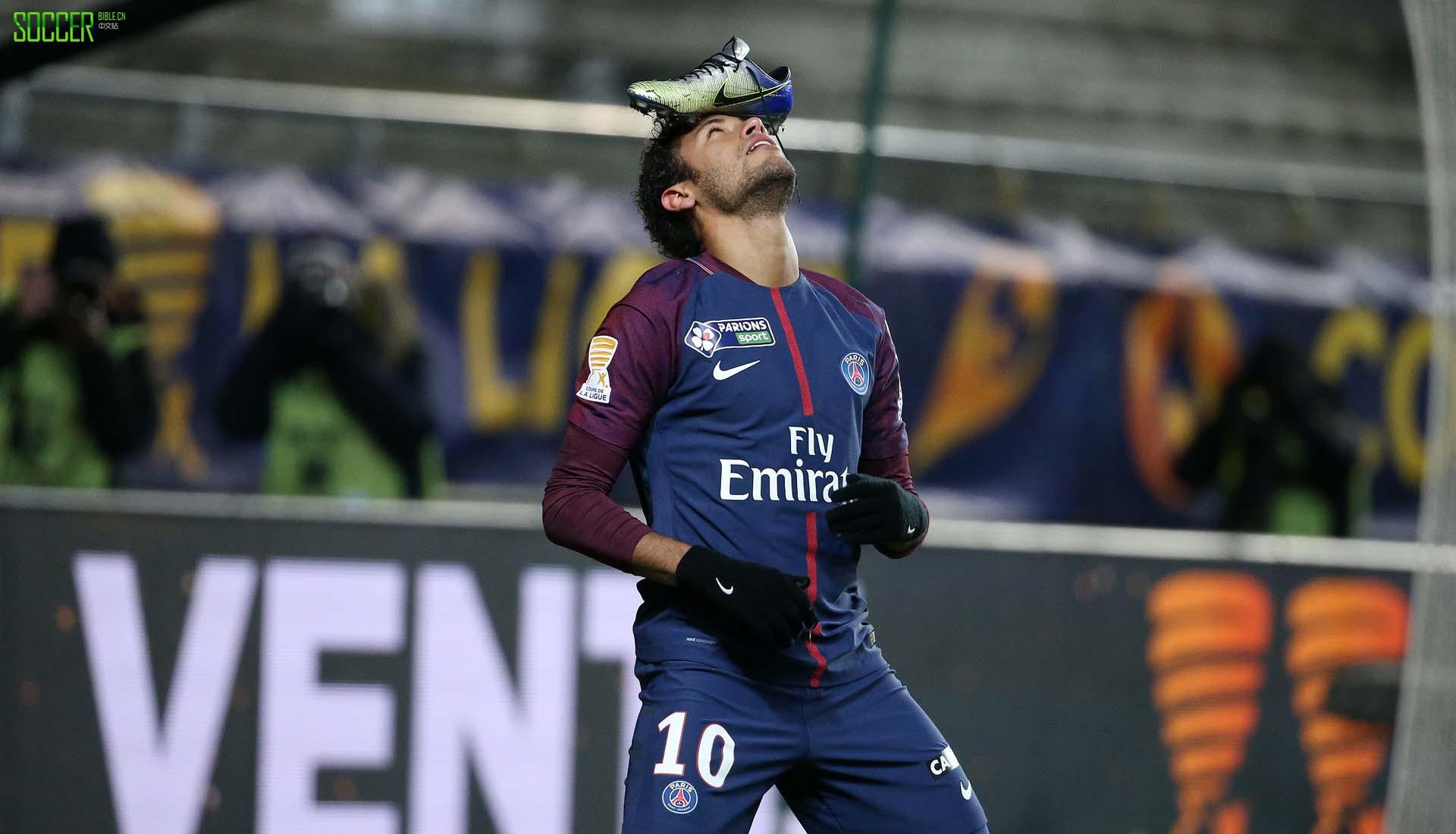 neymar-boot-celebration-1