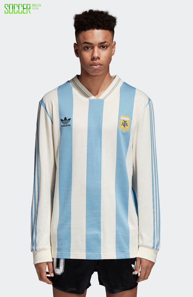 adidas Originals 发布2018世界杯复古球衣