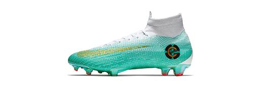 耐克推出Mercurial <font color=red>Superfly</font> CR7第6章特别版专属足球鞋