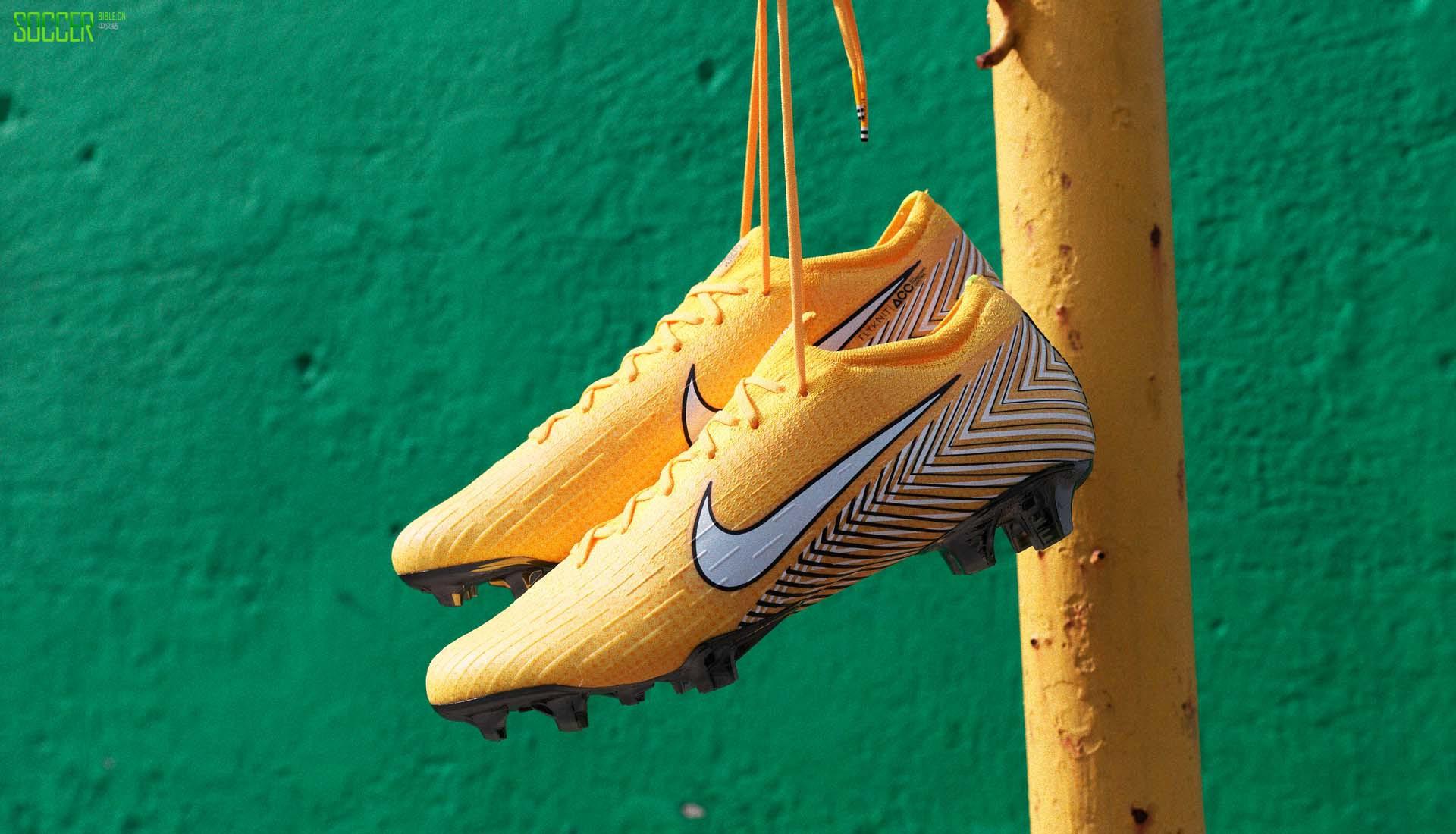 在内马尔穿着他的最新款耐克战靴为巴西队打入一球,将巴西送进1/4决赛之后,我们来一起近距离欣赏一下这双