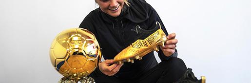 女球王的金靴 阿达・赫格贝里获得PUMA送上的特别版金球战靴