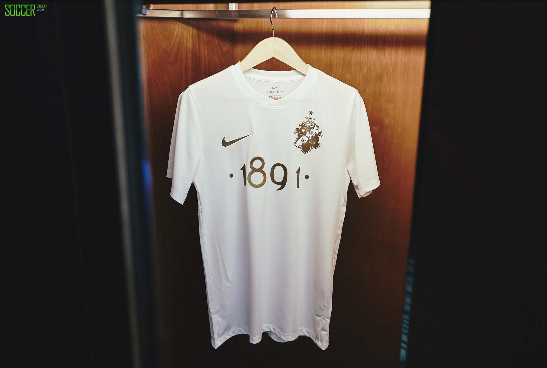 耐克推出Sublime AIK 1891白色版球衣
