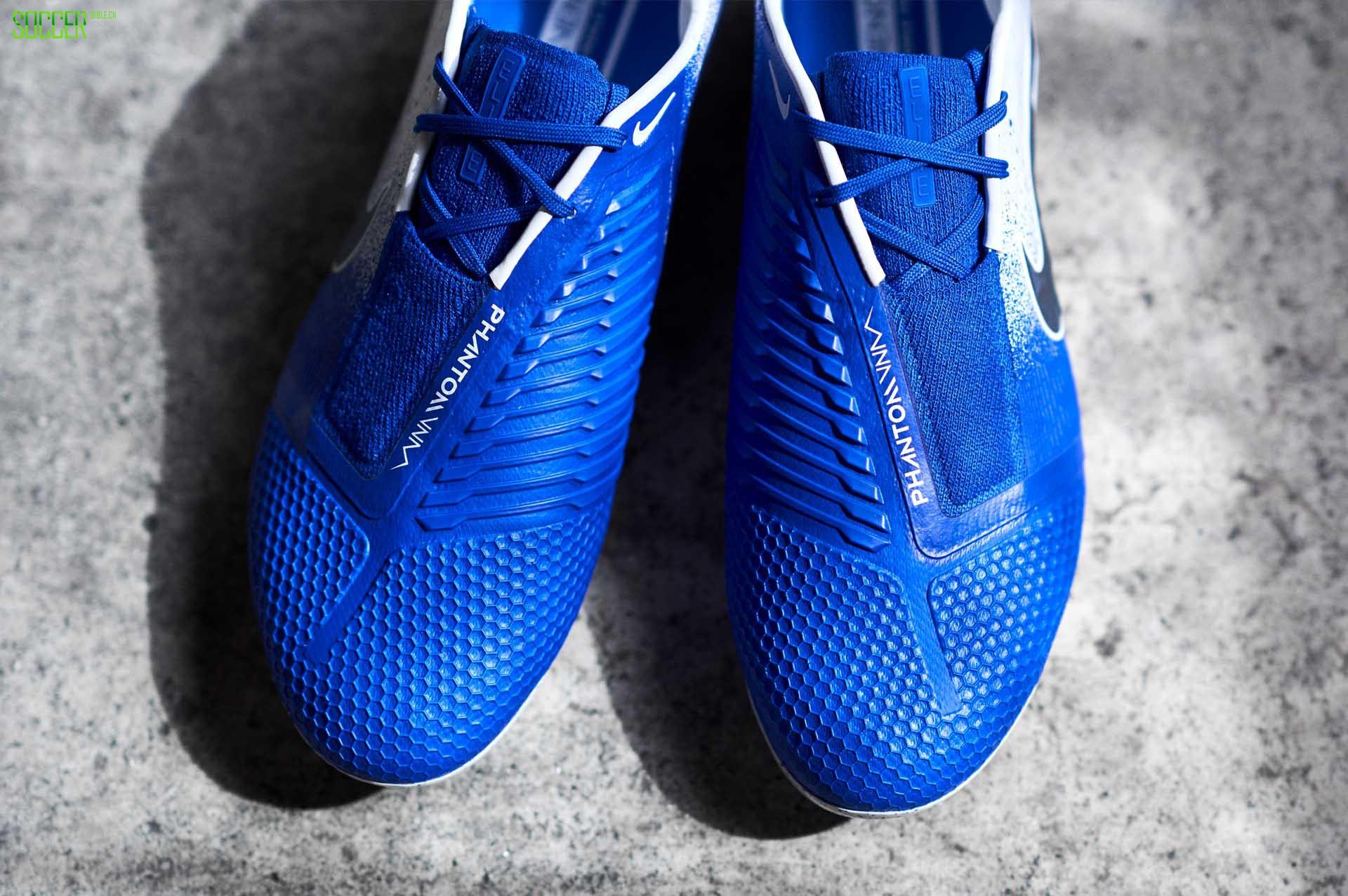 耐克发布Euphoria Pack套装足球鞋