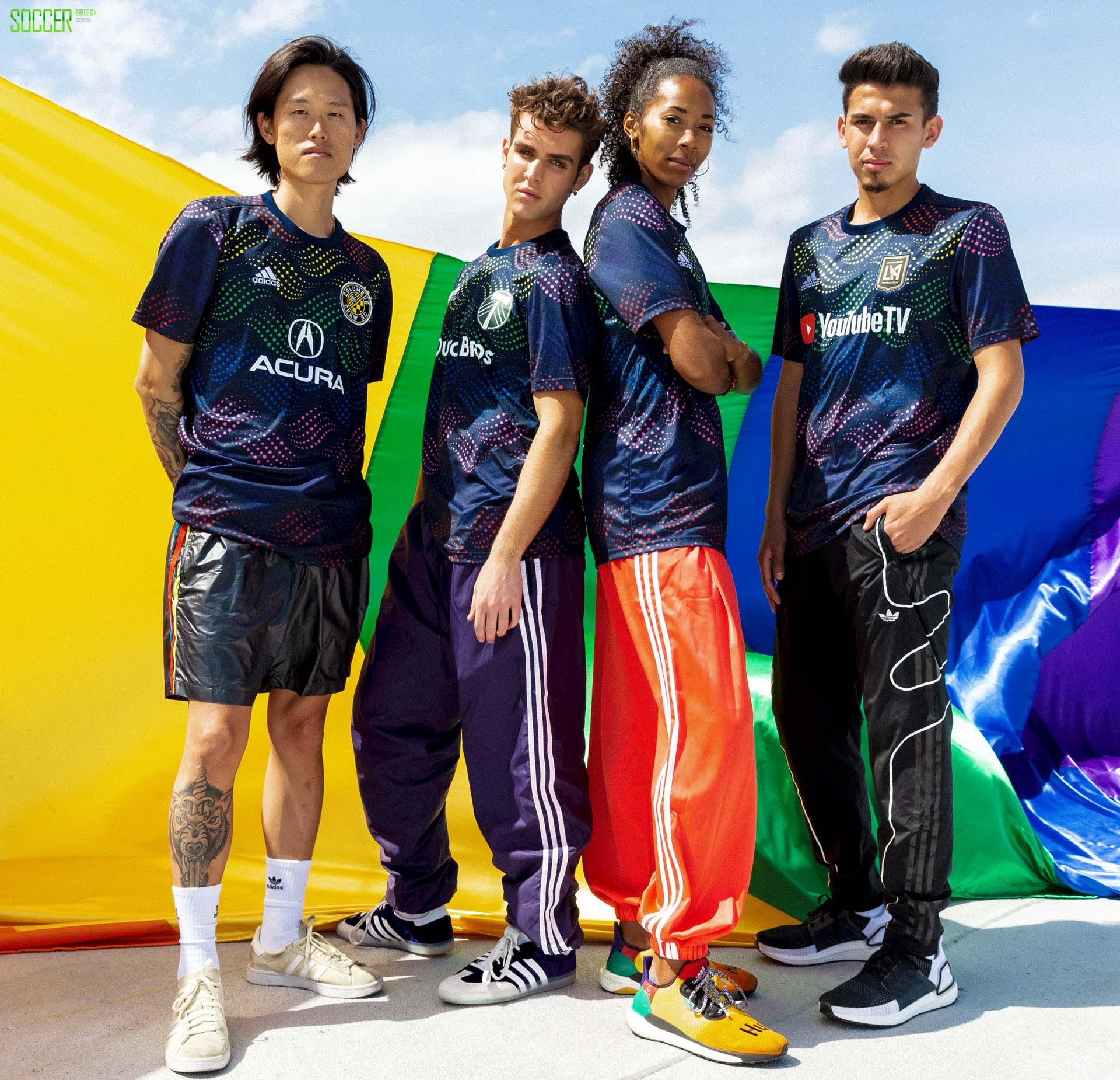 阿迪达斯推出MLS 2019Pride球衣